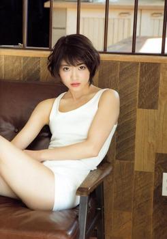 W640Q75_wakatsuki_yumi_001