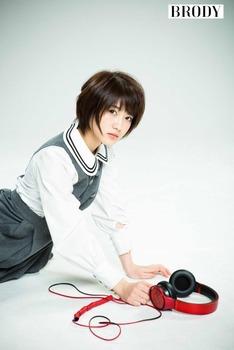 W640Q75_wakatsuki_yumi_011