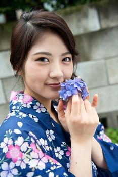 W600Q75_wakatsuki_yumi_068
