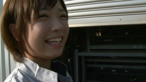 紗倉まな-工場萌え美少女18歳-09