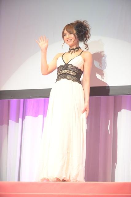 スカパー!アダルト放送大賞2013-05-吉沢明歩-02