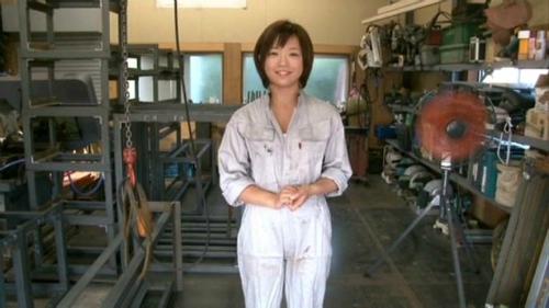 紗倉まな-工場萌え美少女18歳-13