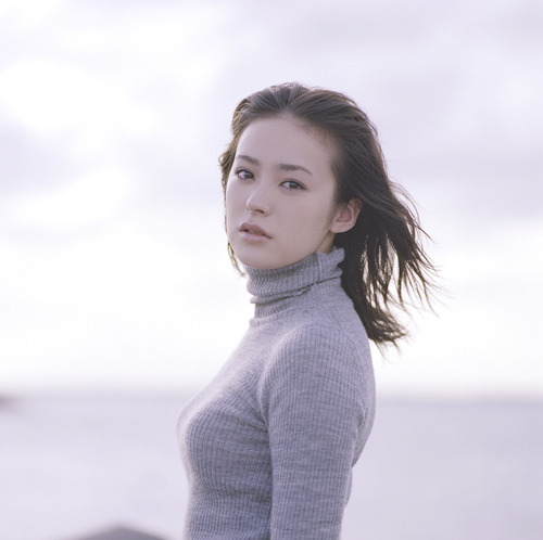 013-貫地谷しほり-02