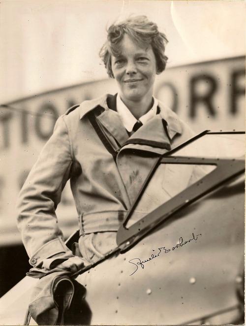 009-AmeliaEarhart