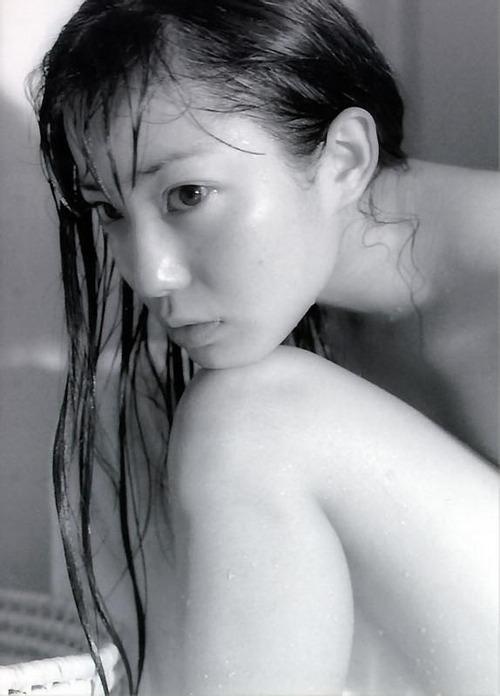 菅野美穂-NUDITY-23