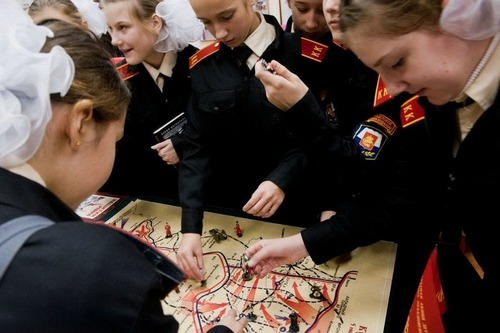 076-モスクワ第9士官候補生女子寄宿学校-03