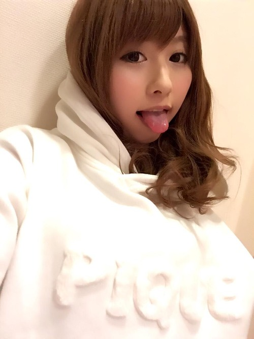 001-成瀬心美-Top