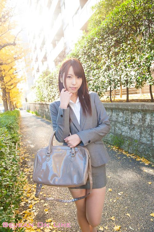 【コスプレ】AV女優 有村千佳 引退 ・ ・ ・【痴女】