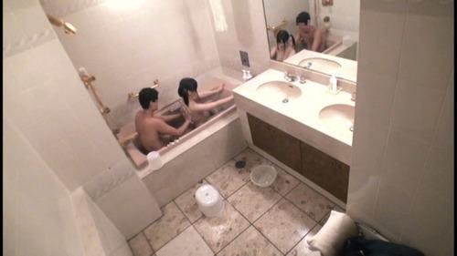 妹にお風呂で性行為に及ぶ兄-07