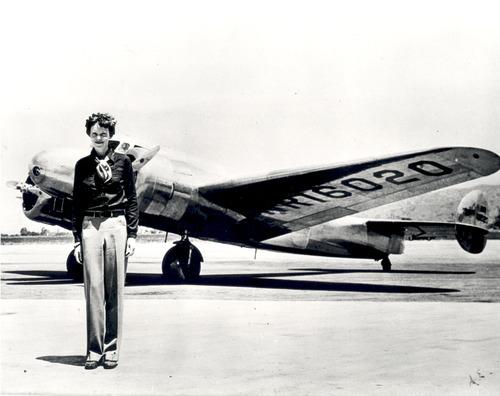 003-AmeliaEarhart