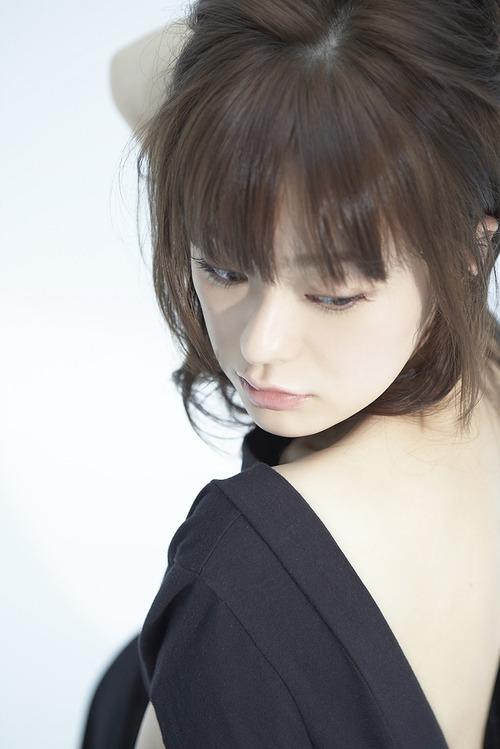 017-貫地谷しほり-1-03