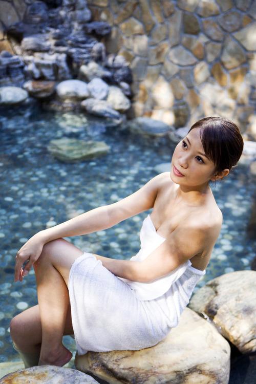 001-温泉美女