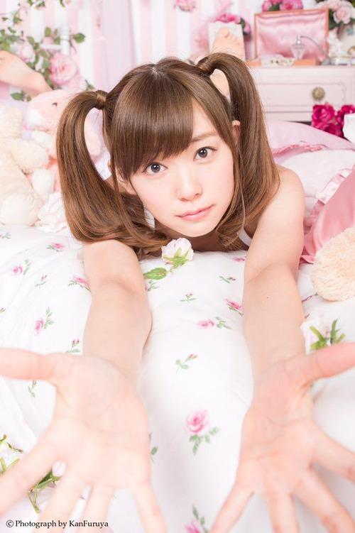 【NMB48 渡辺美優紀】エロかわ美尻&純白下着姿で 悩殺!!【みるきー】