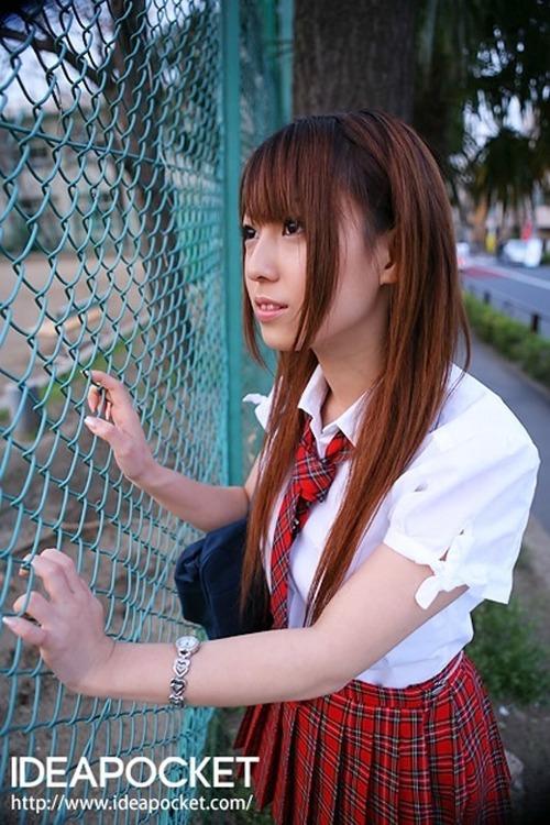 初美りおん-School-14