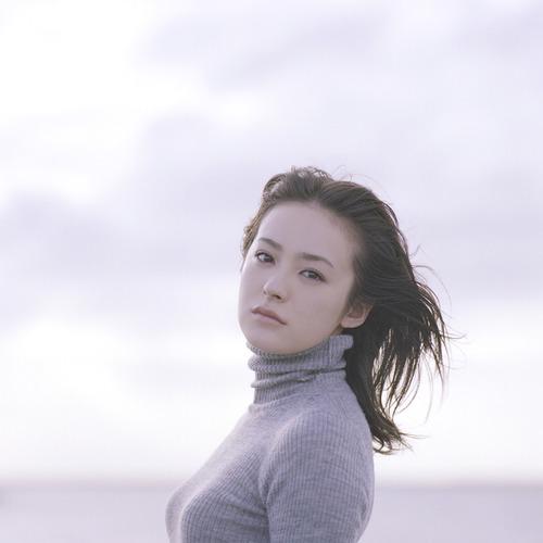 013-貫地谷しほり-01