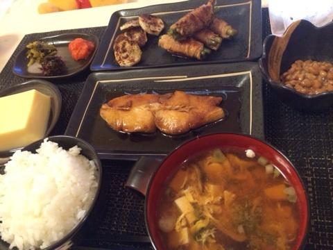 022-天海つばさ-食事-01