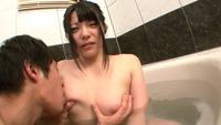 巨乳妹と風呂で淫行-150118-16