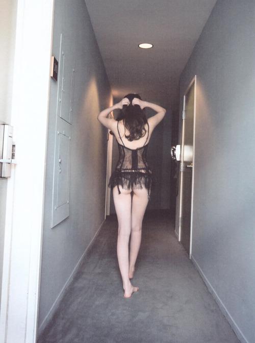 小嶋陽菜-どうする?-06