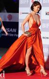 オ・イネ-Red Dress-12