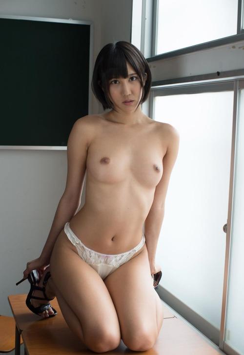 002-湊莉久
