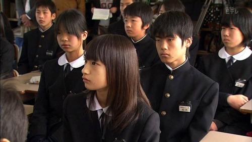 001-女子中学生-01