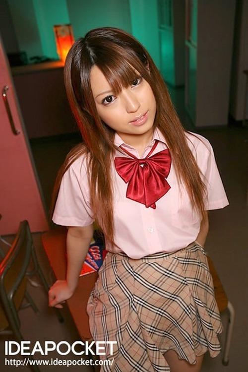 初美りおん-School-13