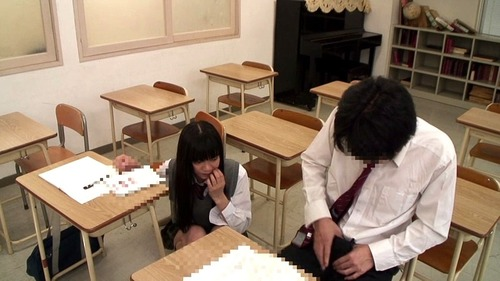 授業中に勃起-15