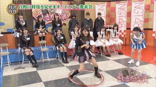 278-田中美久&宮脇咲良-フラフープ-03