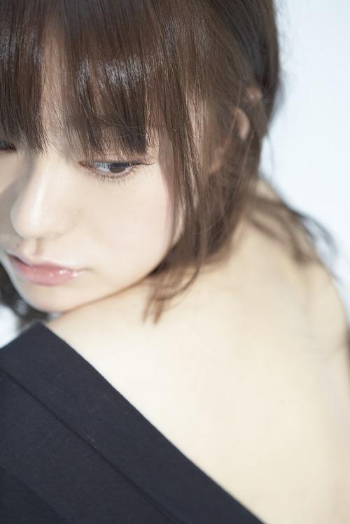 017-貫地谷しほり-1-04
