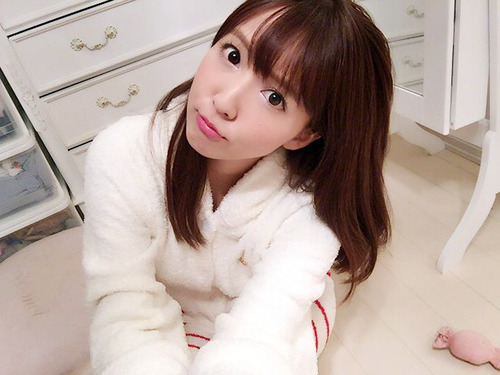 三上悠亜-image-08