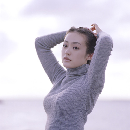 013-貫地谷しほり-04
