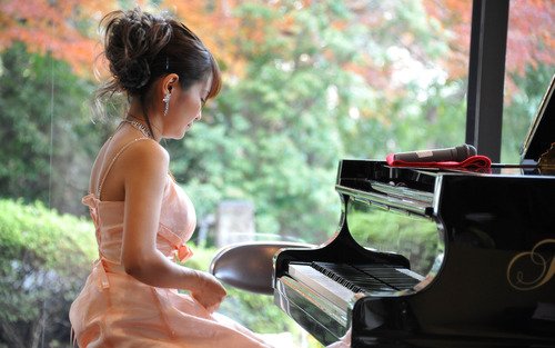 岡村真美子-ソロピアノコンサート-01