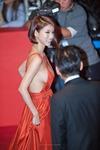オ・イネ-Red Dress-08