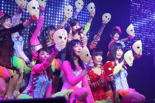 783-仮面女子-01