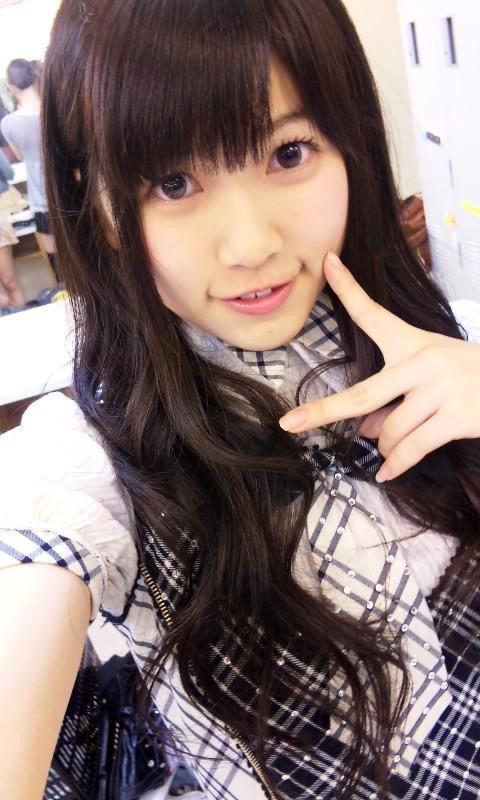 【AKB48 石黒貴己】プリクラ流出解雇アイドル 手コキ風俗嬢に!?