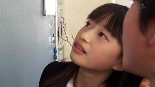 001-女子中学生-02