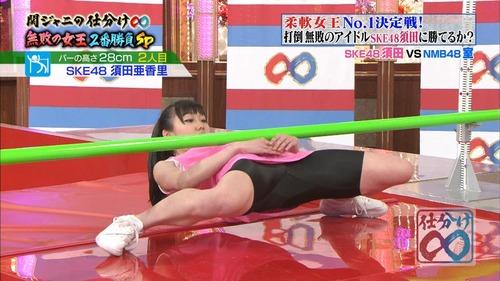 須田亜香里-柔軟女王-01-02