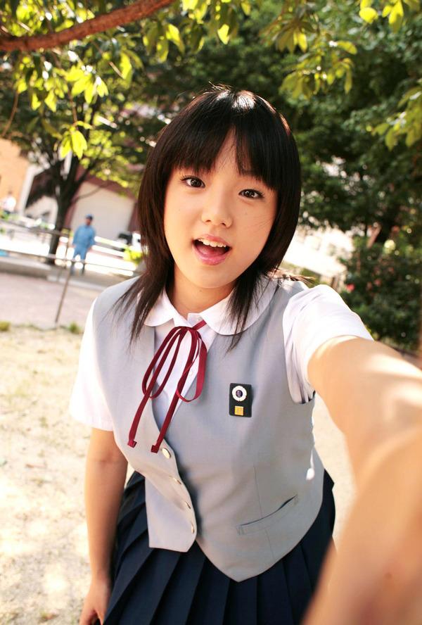 001-02-篠崎愛