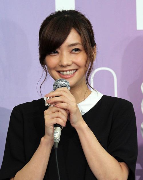 160-倉科カナ-01