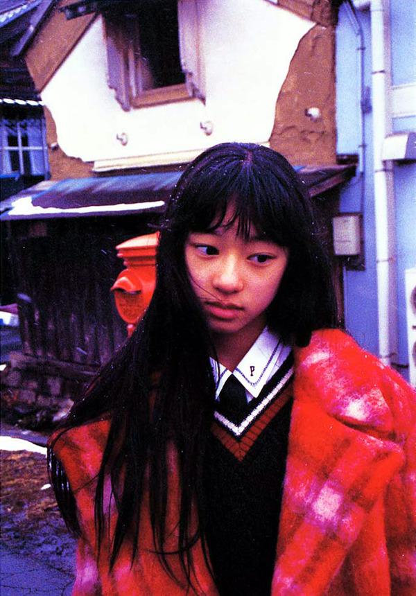 025-栗山千明-神話少女-01