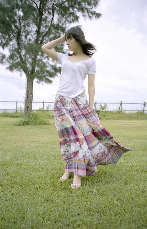 貫地谷しほり-2-03