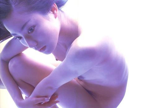 菅野美穂-NUDITY-36