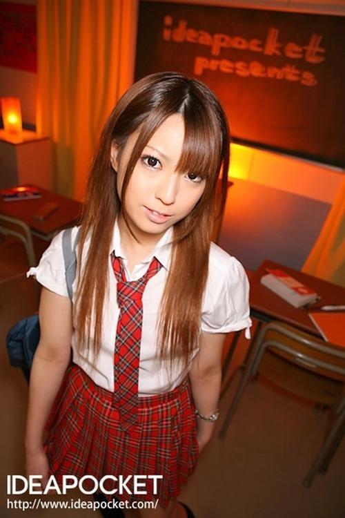 初美りおん-School-09