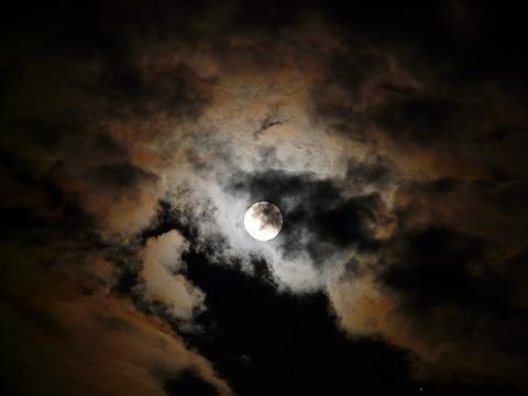 moon-8189_640
