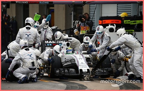 f1-canadian-gp-2016-felipe-massa-williams-fw38-makes-a-pit-stop