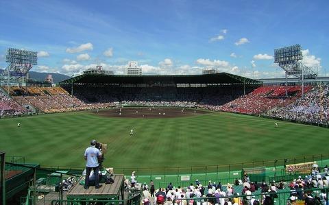 Hanshin_Koshien_Stadium_2007-23