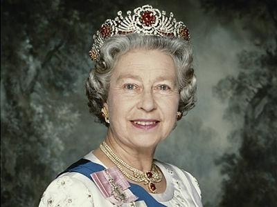 queen_elizabeth_20_m