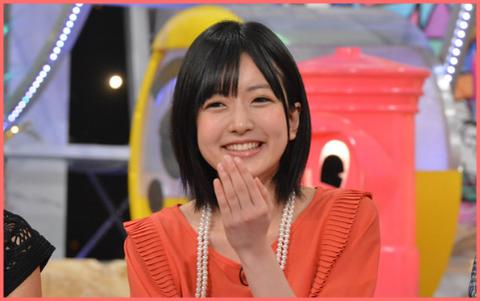 笑顔の須藤凜々花さん