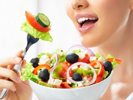 太らない人の生活習慣-よく食べる