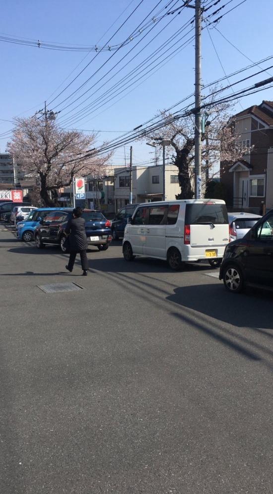 【画像】東京のスーパー、朝から大行列wwwwwww
